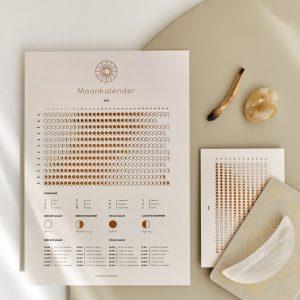 Maankalender 2022 - zandkleur - a3 poster